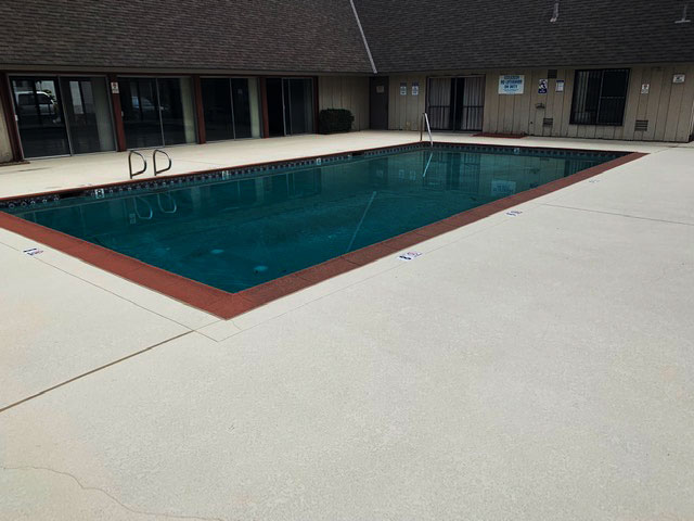 commercial-pool-deck-sealing-los-angeles