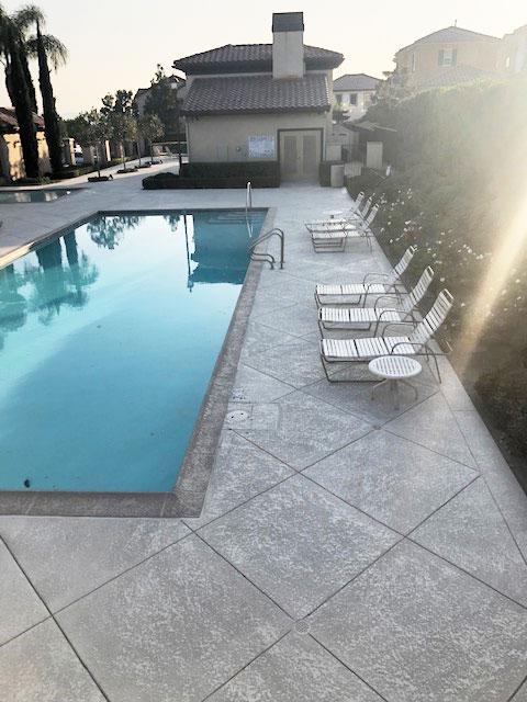 decorative-concrete-pool-deck-commercial-la