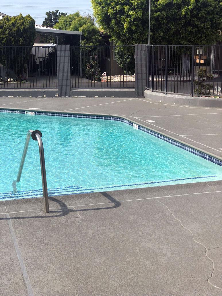 pool-deck-crack-repair-la