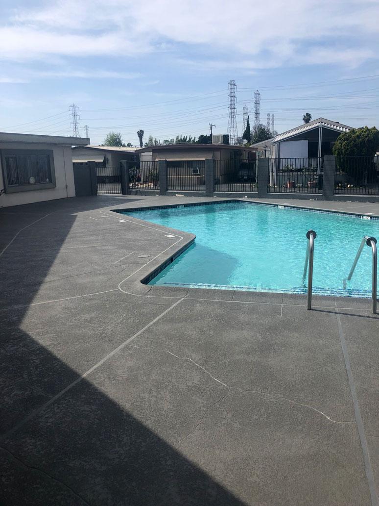 pool-decking-contractor-la