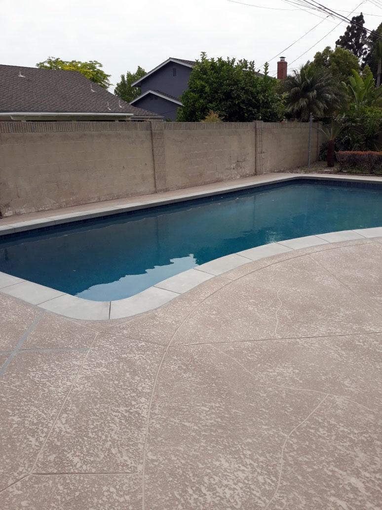 slip-resistant-pool-deck-la