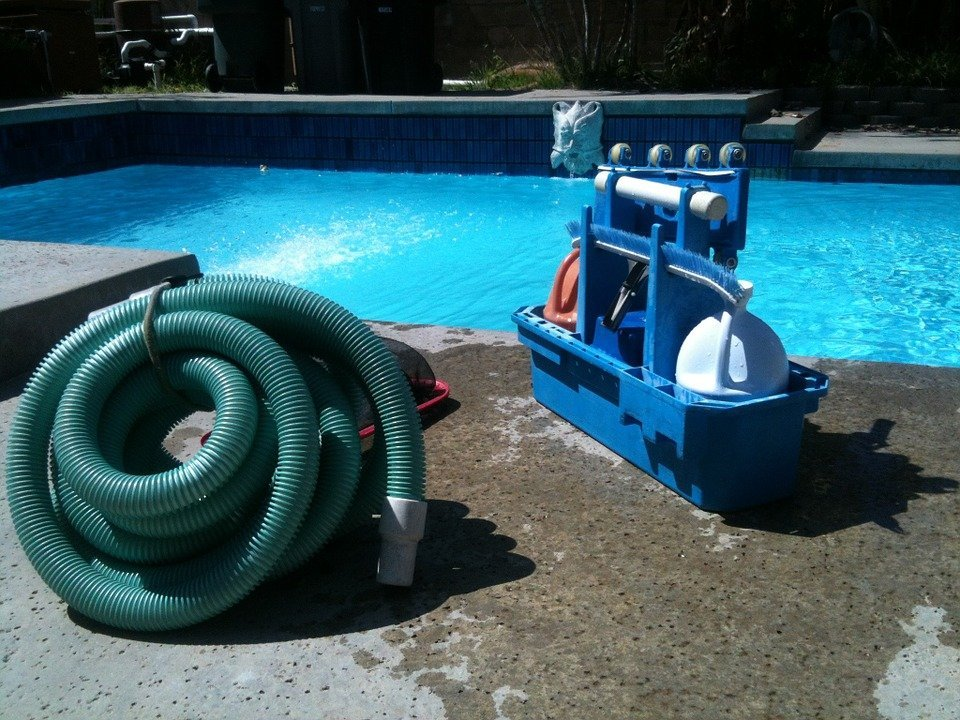 pool deck cleaning tool