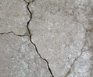 cracked_cement